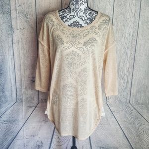 Umgee Lace Sided Burnout Top
